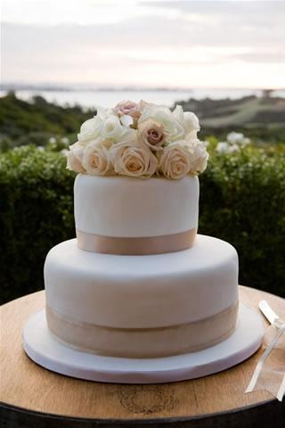 Best simple two tier wedding cakes pictures styles ideas 2018 cake designs junglespirit Images